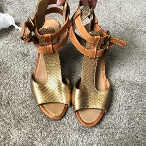 FINAL PRICE Authentic Chloe wedges